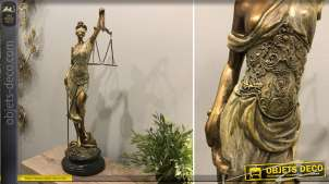 Statuette de la Justice, Thémis en résine effet bronze doré avec notes de cuivré, 54 cm