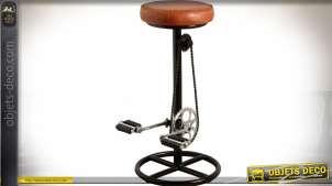 Tabouret de bar cuir et métal repose-pieds en forme de pédalier de bicyclette