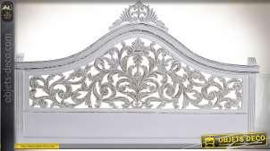 Tête de lit en manguier sculpté blanc vieilli motif feuilles d'acanthe 163 cm