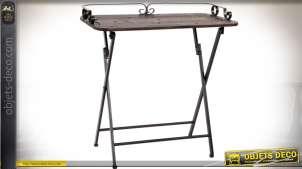Table auxiliaire / console, en bois vieilli et métal façon fer forgé noir style rétro