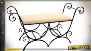 Banquette en métal imitation fer forgé noir avec assise en tissu coloris sablé