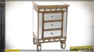 Table de chevet à 3 tiroirs bois vieilli et habillage en miroir style Art Déco