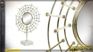 Miroir de table en métal sur socle en marbre, modèle dit Oeil de poisson 44cm