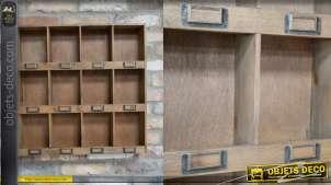 Unité de stockage murale en bois, finition brut rustique, 12 casiers avec porte-étiquettes