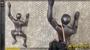 Crochet mural en métal, collection Varappeurs, finition vieille fonte, modèle 6