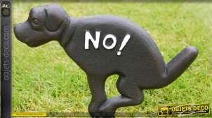 Insigne à planter dans le sol, forme de chien en fonte pour la propreté des pelouses, 31cm