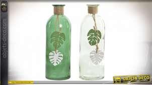 Série de deux vases décoratifs en verre translucide et vert pomme, feuilles déco esprit jungle, 20cm