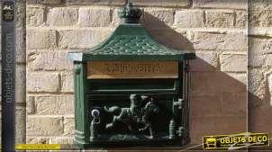 Boîte aux lettres murale anglaise verte en fonte d'alu