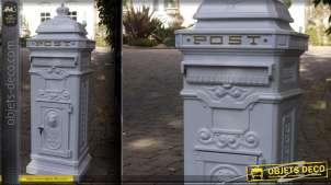 Grande boîte aux lettres anglaise en colonne blanche