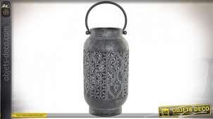 Bougeoir en métal en forme d'encensoir avec grande anse, finition gris anthracite blanchi, découpe esprit moucharabieh, 31cm
