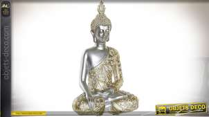 Représentation de bouddha en résine, finitions claires avec tenue doré brillant, ambiance chic, 28cm