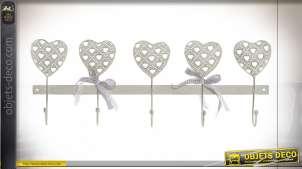 Série de crochets muraux en forme de coeur esprit fer forgé, finition blanc ancien, 50cm