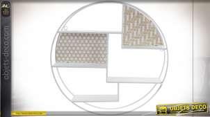 Etagère circulaire en métal finition blanc moderne, motifs géométriques bois clair et blanc, Ø45cm