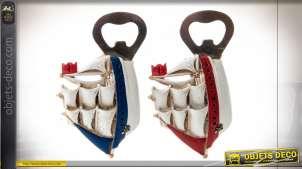 Série de deux ouvre-bouteilles en résine et métal, aimantés, ambiance bord de mer, 12cm