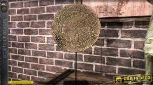 Déco en bois de suar sculptée style mandala sur base en métal noir, esprit ethnique