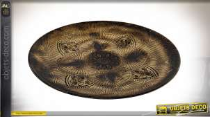 Grand plateau déco en bois, motifs de mandalas sculptés, finition brun brulé, Ø49cm