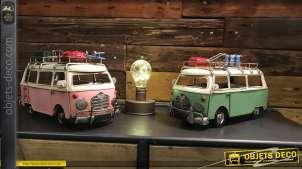 Série de deux miniatures en métal, anciens vans, finition ancienne, style rétro, 28cm