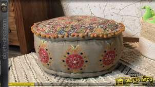 Coussin de sol en coton épais, finition rose pâle avec de nombreuses franges pompons et broderie, Ø60cm