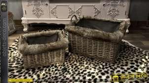 Série de 2 corbeilles rectangulaire en osier tressé, finition claire, doublure coton épais et rebords à poils longs, 45cm