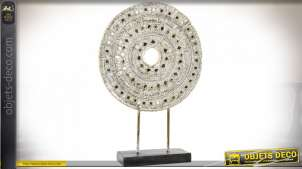 Trophée en résine effet bois sculpté, mandala brillant et miroité, ambiance chic et lumineuse, 51cm