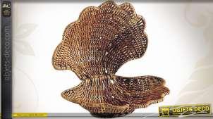 Panier en fougère en forme de coquillage