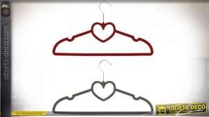 Série de deux cintres habillés de velours rouge et gris, formes de coeurs au centre, 50cm