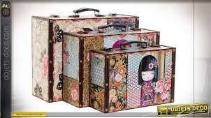 Série de trois valises en bois et habillage en toile motifs de papillons très colorés, grandes anses de transport, 40cm