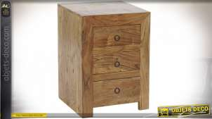 Table de chevet en acacia massif, trois tiroirs, finition richement veinée et texturée, de style rustique, 60cm