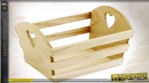 Corbeille en bois à lattes et découpes en coeurs