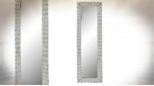 Miroir mural rectangulaire en osier patiné blanc ambiance campagne chic, 133cm