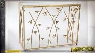 Grande console en métal finition doré brillant, motifs de feuilles esprit bambou, plateau en verre, 100cm