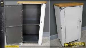 Meuble de rangement en métal finition vieux blanc écaillé de style vintage, 2 niveau intérieurs et plateau en bois vernis, 81cm