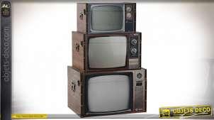 Série de trois coffrets de rangements en forme de vieille TV, 48cm