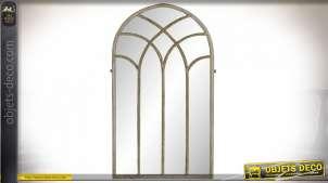 Grand miroir fenêtre en métal effet vieilli style gothique, 125.5cm