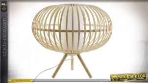 Lampe de table ronde sur trépied en lamelles de bambou finition naturelle style tropical, 40cm