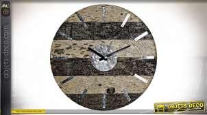 Horloge murale en bois finition beige et brun foncé effet vieilli style chalet, 40cm