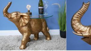 Table auxilaire en forme d'éléphant, plateau épais en verre, finition doré ancien, ambiance circus, 71cm