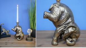 Chandelier représentant un éléphant de cirque, en résine effet vieux métal finition dorée, 23cm