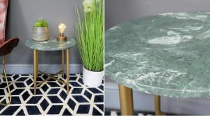 Table d'appoint en métal et marbre, finition laiton effet brossé et plateau lustré brillant, ambiance belles matières, Ø43cm