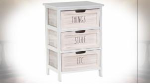 Petit meuble de rangement 3 tiroirs en bois patine blanche ambiance cottage, 58cm