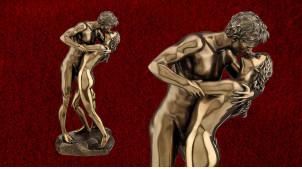 Embrasse moi, représentation d'un baiser passioné en résine, finition bronze effet vieilli doré, collection Amoureux éternels, 28cm