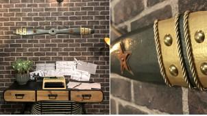 Hélice d'avion décorative en bois effet métal anthracite, ornements métallique et cordon doré, modèle Fairey Albacore, 120cm