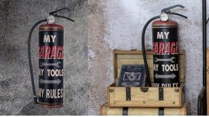 Extincteur mural en métal, décoration industrielle ambiance garage atelier, finition effet vieilli, 46cm
