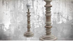 Pied de lampe en bois sculpté, modèle Caracas de 32cm, finition naturelle blanchie décapée, ambiance maison de campagne