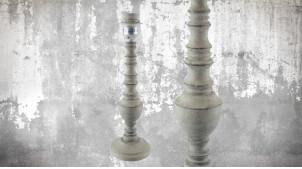 Pied de lampe en bois sculpté, modèle Djibouti de 36cm, finition naturelle blanchie, ambiance bois tourné