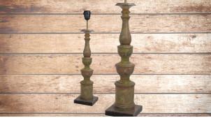 Pied de lampe en bois sculpté, modèle Vatican de 57cm, finition naturelle usée effet stuc, ambiance élégance à l'italienne