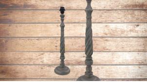 Pied de lampe en bois sculpté, modèle Paris de 60cm, finition naturelle usée, ambiance bois tourné indémodable
