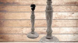 Pied de lampe en bois sculpté, modèle Belgrade de 33cm, finition naturelle usée, ambiance ancienne lampe de chevet maison de campagne