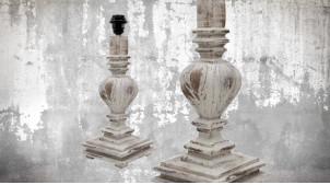 Pied de lampe amphore en bois, modèle Toronto de 41cm, finition bois blanchi décapé, ambiance vieille ferme rustique