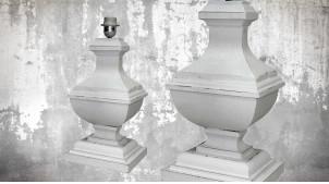 Pied de lampe amphore en bois, modèle Alexandrie de 44cm, finition bois blanchi décapé, ambiance classique et élégante